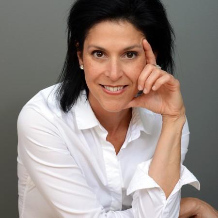 Isabelle Côté Adjointe à la présidente